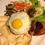 Room service - nasi goreng