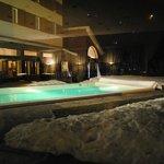 Vista piscina dal Bar