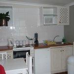 integrierte Küchenzeile im Wohnraum