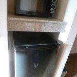 Microondas y frigorífico en la habitación