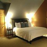 Bed in Hawk's Nest Suite