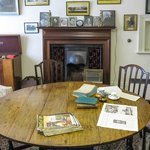 Shaw's Corner - Dining room