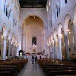BARI-Cattedrale-Navata centrale