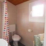 Camera doppia con bagno, tv/sat, frigorifero, aria condizionata e terrazzo in comune