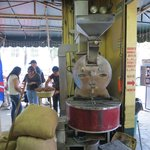 Cafe El Jarocho's coffee bean grinder