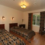 Sininen Helmi offers a peaceful place to stay, magnificent views and beautifully decorated rooms
