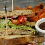Chimichurri Seitan Sandwich