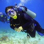 Buceando feliz en el Caribe Mexicano