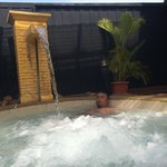 Hot spring jacuzzi