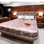 Elegance and chic of M/Y MoonBreeze
