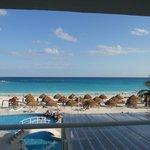Vista de la playa desde el primer piso