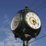 clock in downtown williams