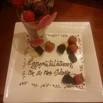 The gorgeous honeymoon gift of strawberries and chocolates we were kindly given by the hotel :)