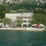 Vista de los apartamentos desde la bahía