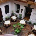 Courtyard/Lobby breakfast area