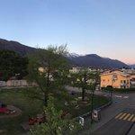 Niente male le montagne poco dopo il tramonto...