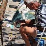 Nas ruas de Búzios,  encontramos artistas po todo lado,  é um lugar de muita inspiração.