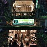 Lonely Tree Café