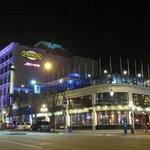Strathcona Hotel & Rooftop Bar