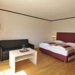 Renoviertes Doppelzimmer für erholsame Übernachtungen in München