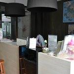 Red Inn Cabana: reception