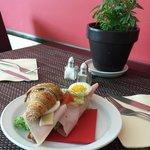Mmmmm delicious croissant sandwich !!!