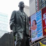 The statue of George M Cohan in Duffy Square