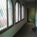Galeria hacia las salas comunes/Privadas
