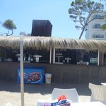Beach bar for drinks & ice cream (lovely seating area with view of beach)