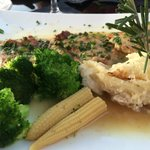 Veal Piccata with scalloped potatos, broccoli and corn