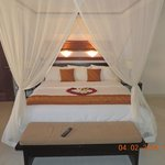 Our four poster bed..!!