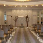governors room set for wedding