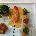 Entrada: ensalada de langosta y cod fish