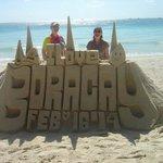 Impressive sand sculptures (tip for a photo)