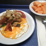 YUMMY MADE TO ORDER OMLETE & HASH BROWNS & BACON