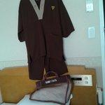 The linen kit bag and the pyjamas