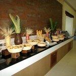 Buffet (bread bar)