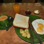ボリュームたっぷり無料の朝食