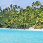 the beautiful One Foot Island in Aitutaki