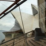 see all od the opera house and understand it