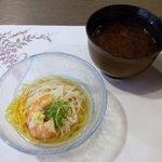 夕食(冷鉢:淡路島産素麺、海老、錦糸玉子、葱、おろし生姜)