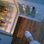 Холодильник наполнен качественными продуктами