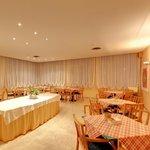 SALA RIUNIONI HOTEL ROSA
