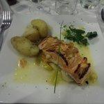 Salmon filet w/potatoes