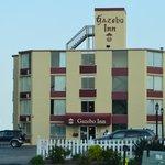 front of Gazebo Inn