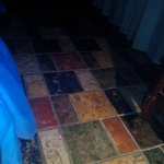 pavimento in cotto stanza blu