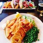 Fish&chips + BLT sandwich
