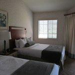2nd Bedroom (Full Beds)