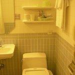 세미더블룸에있는화장실