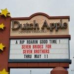 Dutch Apple Dinner Theatre Foto